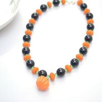 How to Make Chunky Beaded Necklace with Orange and Black Beads