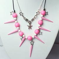 Tutorial on Pink Beaded Necklace with Leather Cord