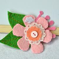 How to Make a Lovable Pink Felt Flower Brooch with Buttons for Kids