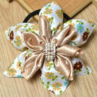 How to Make Elegant Flower Hair Ties with Fabric and Ribbon