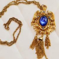 How to Identify Antique Jewelry