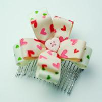 How to Make a Cute Flower Hair Comb from Ribbon
