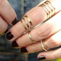 Be Careful of Wearing Rings on Your Fingers- Pandahall com