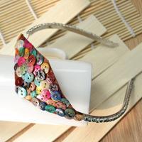 Button Craft Ideas - DIY Vintage Style Shell Button Headband with Felt