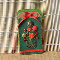Homemade Felt Card Holder with Beads and Buttons for Christmas