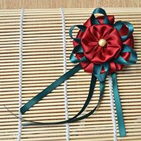 Making a Large Three-Layer Red Ribbon Flower Brooch Step by Step