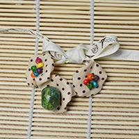 Green Stone Bracelet Designs for Making a Flower Bracelet with Ribbon