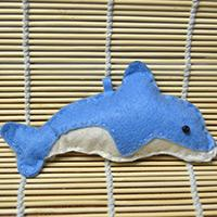 Simple Sewing Pattern for Making a Blue Stuffed Dolphin Pendant