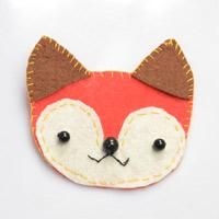 Step By Step Project on Making Red Fox Brooch with Felt and Agate Bead