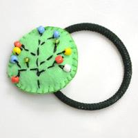 Making an Embroidery Elastic Hair Tie Accessory for Girls
