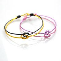 Pictured Tutorial on Making Love Knot Bangle Bracelets with Aluminum Wire