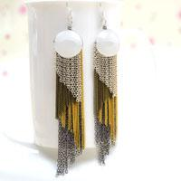 Instructions on making 4-color Diagonal Chain Fringe Earrings