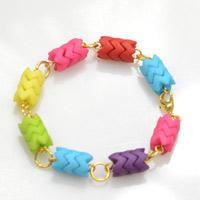 2 Steps to Make Rainbow Beaded Bracelet in Candy Cane Pattern