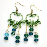 Tutorial on Making Heart-Shaped Earrings with Wires and Glass Beads
