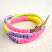 How to Wrap a Multi-colored Friendship Bracelet with Threads