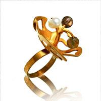 Unique Ring Design – How to Make a Cool Gold Flower Ring with Glass Beads