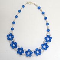 Ocean Style Jewelry Patterns-How to Make a Simple Royal Blue Beaded Necklace