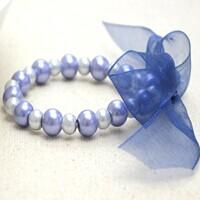 3 Simple Steps on How to Make an Elegant Elastic Pearl Bracelet with Ribbon