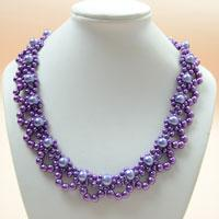How to Bead a Purple Pearl Lace Necklace for Brides