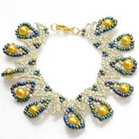 How to Make an Indian-style Netted Bracelet with Pearl and Iris Seed Beads