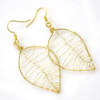 How to Make Gold Wire Leaf Earrings for Autumn