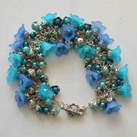 Floral Bracelet Design – How to Make Flower Bracelet with Acrylic Beads and Chains