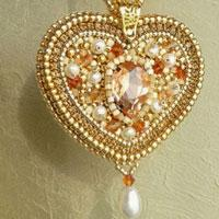 How to Make a Golden Heart Shaped Pendant Necklace with Beads for Mother's Day