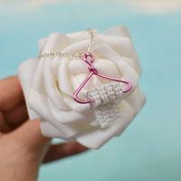 Try to Make a Gift for your kids at Home-A Charming Creative Pendant