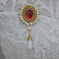 How to Make a Round Beaded Brooch with a Pearl Drop Bead Pendant