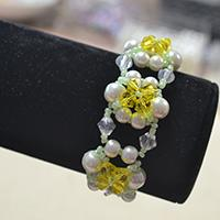 Beaded Bracelet DIY- A Tutorial on Making a Beaded Flower Bracelet