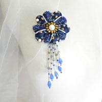 How to Make a Blue Flower Brooch with Beads, Ribbons and Felt
