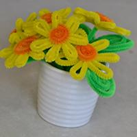 Simple Tutorial on How to Make an Easy Pipe Cleaner Chenille Flower Craft