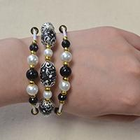 How do You Make an Easy 3 Strand Beaded Bracelet at Home