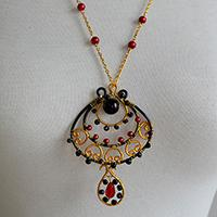 How to Make a Vintage Wire Wrapped Pendent Necklace with Beads Decorated At Home