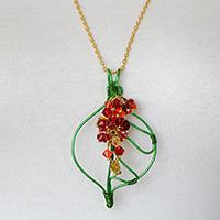 How to Do Wire Wrapping to Make a Green Leaf Pendant Necklace