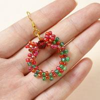 Easy Christmas Wreath Ideas on How to Make Beaded Christmas Earrings in Red and Green
