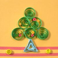 Pandahall Tutorial on How to Make a 3D Paper Quilling Christmas Tree Card