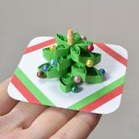 How to Make a 3D Christmas Tree Quilling Paper Greeting Card with Beads