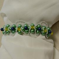How to Make a Green Pearl Flower Bracelet Step by Step