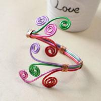 Free Tutorial on How to Make a Colorful Wire Wrapped Bangle Bracelet