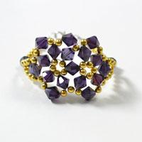 Instructions on How to Make a Charming Purple Glass Beaded Flower Bracelet