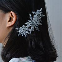 Instructions on How to Make a Charming Glass Beaded Snowflake Hair Comb