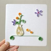Pandahall Instructions on Making Paper Quilling Flower Vase Greeting Card