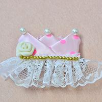 Instructions on How to Make Simple Ribbon Hair Clips with White Lace Trim