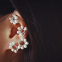 Pandahall Tutorial on How to Make Wire Wrapped Ear Cuff with Pearl Beads