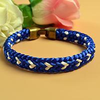 Kumihimo Tutorial - How to Make a Blue Kumihimo Braided Friendship Bracelet