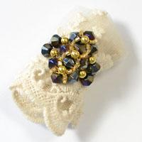 How to Make Simple Glass and Bulge Beaded Ring