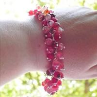 How to Make a Fresh Colored Cluster Bracelet with Agate Beads