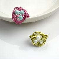Cool Mother's Day Gifts- Create a Mothers Ring out of Wire and 3 Pearl Beads