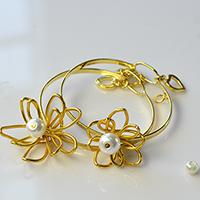 How to Craft Simple Wire Wrapped Flower Bangle Bracelets